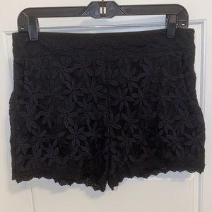 Monteau Lace Black Shorts (Juniors)